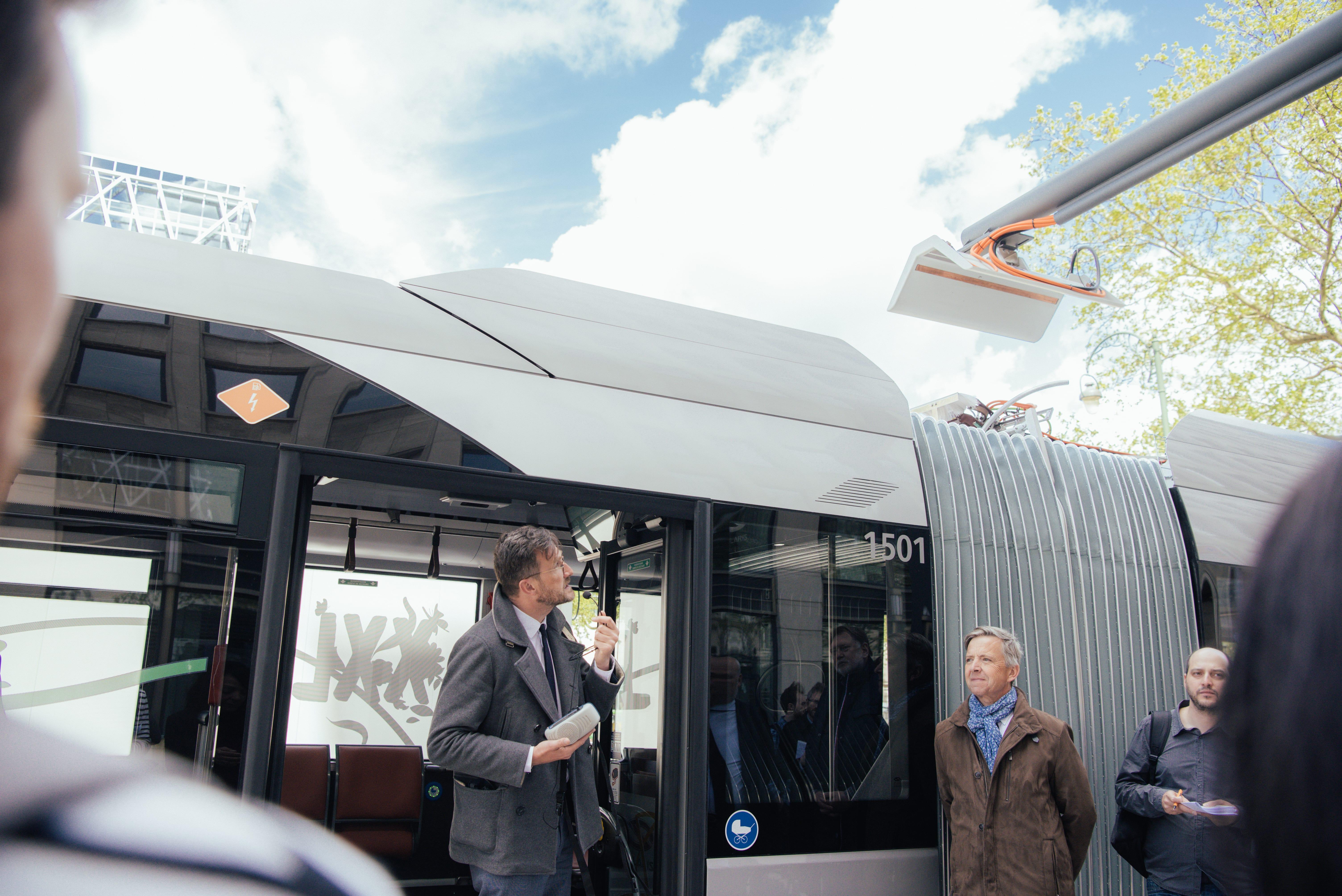 Inauguration bus électrique articulé