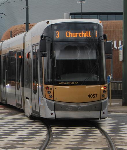 Tram 3, 7, bus 47 - spoorvernieuwing aan de halte Van Praet