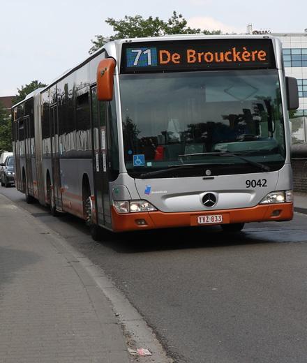 Bus 71, 72 - déviation entre Cimetière d'Ixelles et Delta