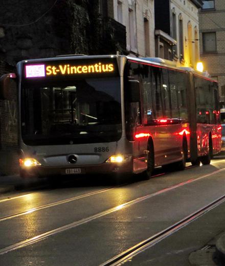 Bus 45, 64 – déviation Oud Kapelleke ↔ Saint-Vincent / Bordet Station
