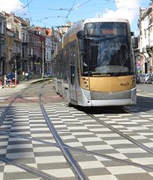 Tram 7, 25, 94, bus 71, N09 - rénovation du carrefour Buyl - Général Jacques
